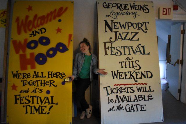 Newport Signs & Carmel